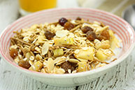 Apple & Cinnamon Natural Muesli